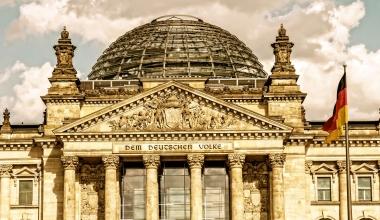 Bundestag: FDP fragt nach BaFin-Aufsicht von Finanzanlagenvermittlern