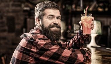 Alkohol im Bart: Führerscheinentzug bei E-Bike-Unfall