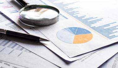 Studie zur Fondsbranche: Kostenführer und Spezialisten sind im Vorteil