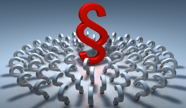 Online-Vertrieb jedes zweiten Versicherers möglicherweise rechtswidrig