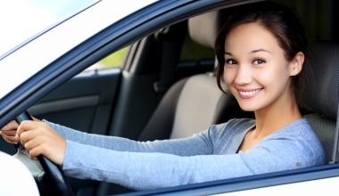 Fast jeder zweite Fahrer unter 25 nutzt das Auto der Eltern