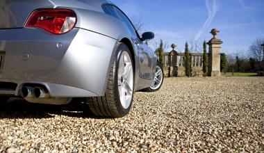 Kfz-Versicherung: Wann ein defekter Keilriemen ein Unfallschaden ist