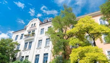 DOMCURA bringt neue Versicherung für Mehrfamilienhäuser