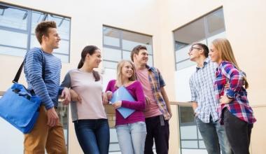 So denken Studenten über Versicherer als Arbeitgeber