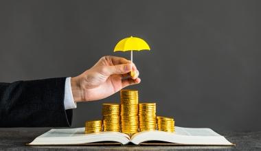 Rechtschutz: Ausschluss für Streit um fondsgebundene Lebensversicherung?