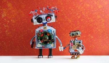 Neues von InsurTechs: Kooperationen und ein Versicherungs-Robo