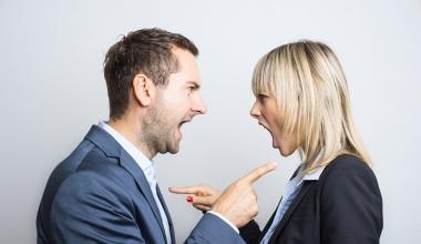 """""""Wir sehen uns vor Gericht!"""" – Top-5-Rechtsrisiken für Unternehmen"""