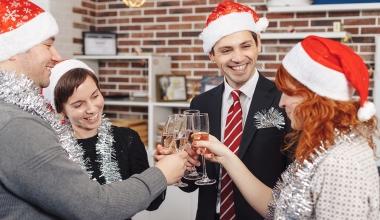 Weihnachtsfeier: Absagen gehen nicht zu Lasten der Feiernden