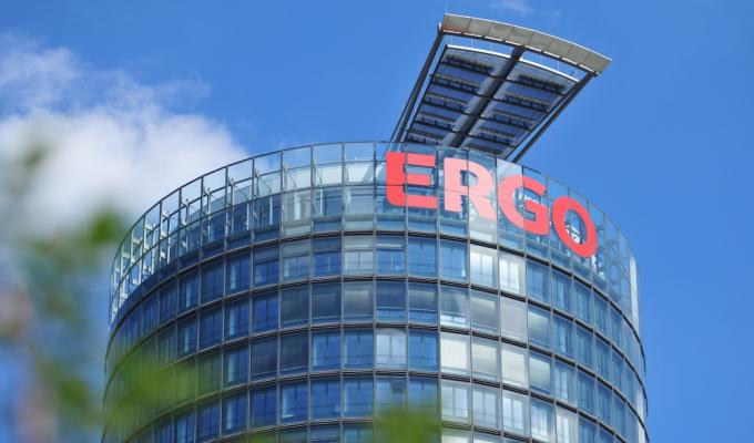 Gerade noch in den Top Ten landet die ERGO Versicherungsgruppe auf Platz 10 im  Young Professionals Parometer der beliebtesten Arbeitgeber unter den Versicherern.