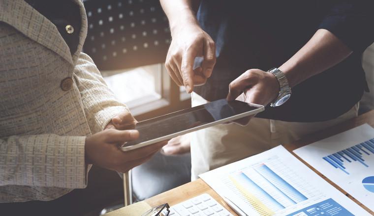 Digital zur Unternehmensfinanzierung für Vermittlerbüros